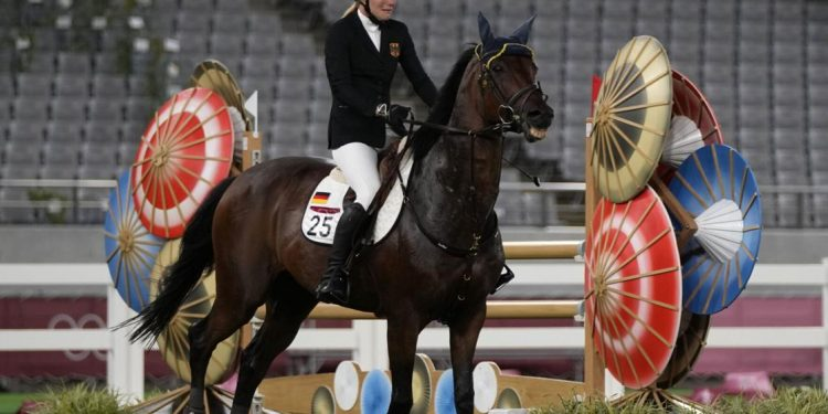 As much as the moment pentathlon coach who struck horse sent for practicing